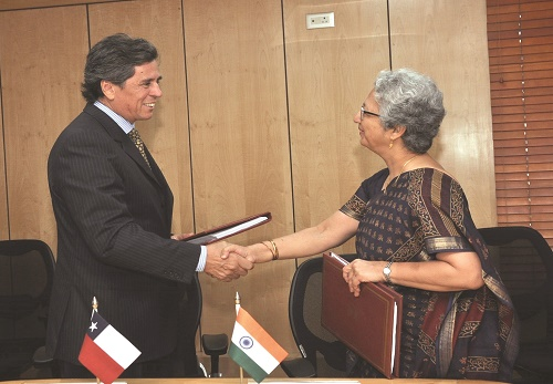 The Commerce Secretary, Ms. Rita A. Teaotia and the Ambassador of Chile, Mr. Andres Barbe Gonzalez to India, during the signing of the agreement on the expansion of India-Chile PTA, in New Delhi on September 06, 2016.
