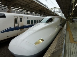 Riding the bullet trains in Japan, Japanese bullet trains, Japan travel, Japan trains, Japan bus system, travel by train in Japan, flying in Japan, Japanese air travel, shinkansen, Japan Railways, JR Pass, Japan Railways Pass, types of service Japanese bullet